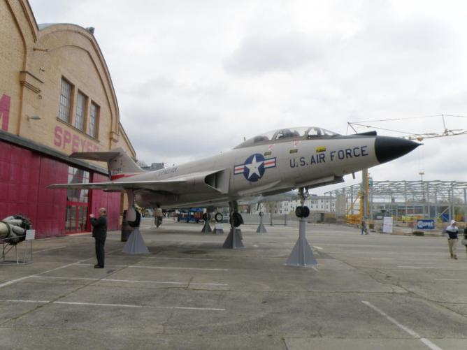 Mc Donnell F-101