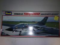 1/32 ème Tornado, Revell, injecté, 35 €